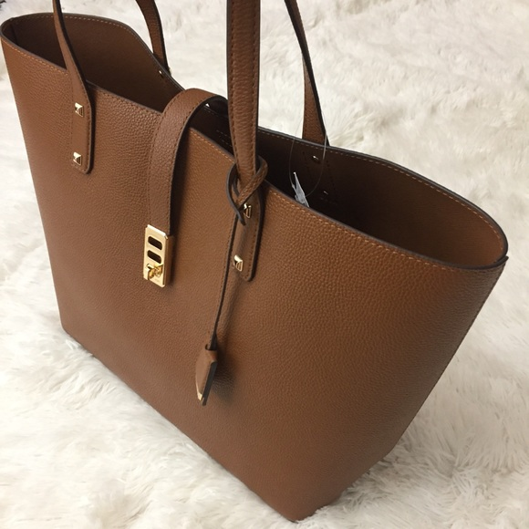 6c04b36dabde Michael Kors Bags | Karson Carry All Leather Tote | Poshmark